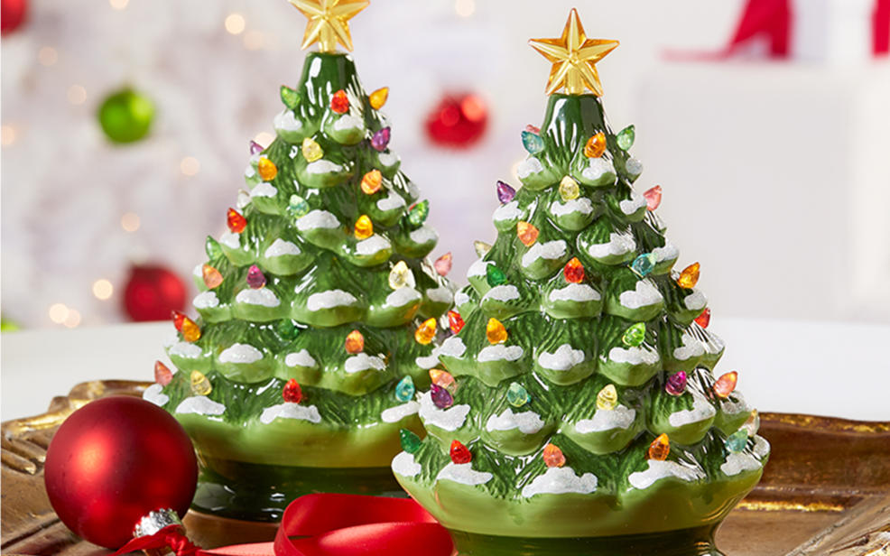 indoor christmas decor - Green Christmas Decorations