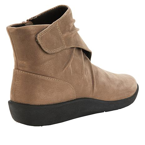 9a4283f5c621 Cloudsteppers by Clarks Sillian Tana Ankle Boot - 8874974
