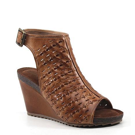 Diba True Need Be Leather Wedge