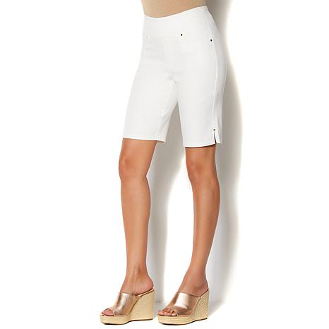 IMAN Global Chic Luxury Resort Step into Slim Bermuda Short