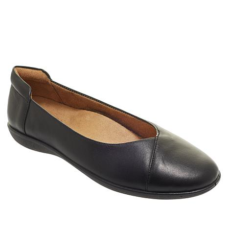 Naturalizer Fiona Leather Slip-On Flat