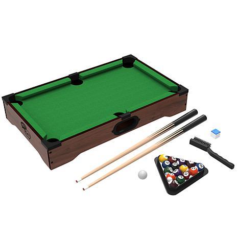 Ordinaire Trademark Games™ Mini Table Top Pool Table