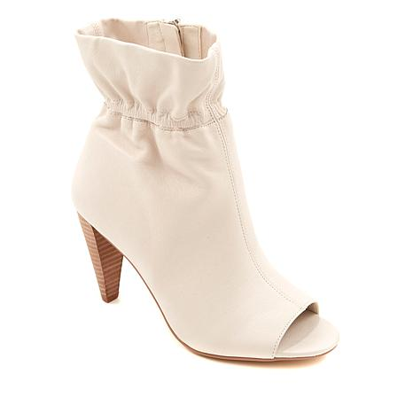 Vince Camuto Addiena Leather Ankle Bootie