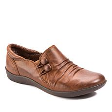 Baretraps® Naydia Button Shoe