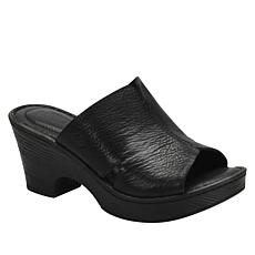 Born® Queens Leather Platform Slide Sandal