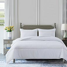 Country Living Home Collection Floral Eyelet 3-pc Full/Queen Quilt Set