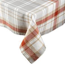 "Design Imports Cozy Picnic Plaid 60"" x 84"" Tablecloth"