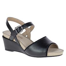 Hush Puppies Cassale Leather Quarter Strap Sandal