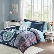 Intelligent Design Loretta Navy Twin Comforter and Sheet Set
