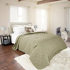 Lavish Home Solid Color Bed Quilt - King