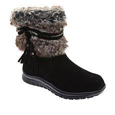 Minnetonka Everett Water-Resistant Suede Boot