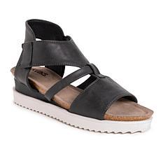 MUK LUKS® Women's Pitch Soprano Wedge Sandal