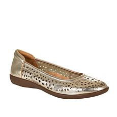 Naturalizer Felicite Leather Slip-On Flat
