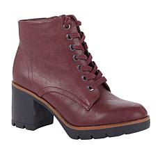 Naturalizer Madalynn Heeled Lug-Sole Boot