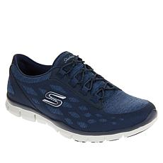 Skechers Gratis This Moment Slip-On Sneaker