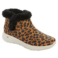 Skechers On the Go Joy Bundled Up Printed Bootie