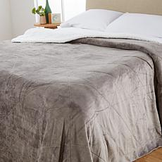 Soft & Cozy Quilted Sherpa Plush Blanket - Twin
