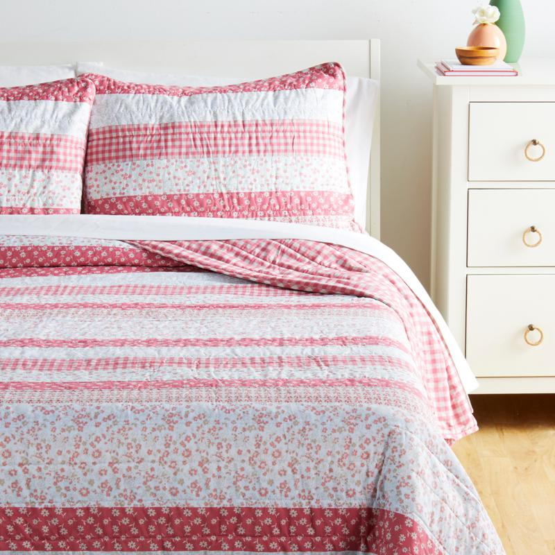 Country Living Home Collection Rose Stripe 3-piece Quilt Set