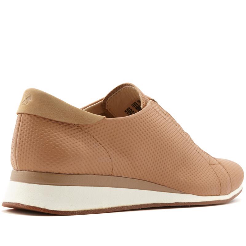 MSRP $100 Hush Puppies Women/'s Evaro Leather Slip-On Oxford Sneakers