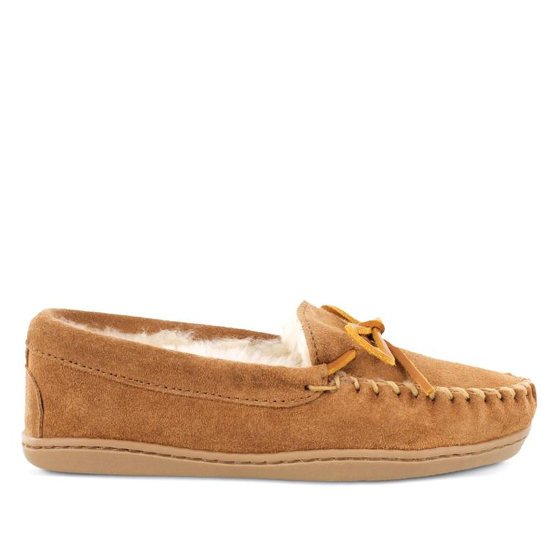 Minnetonka Sheepskin Hardsole Moccasin Slippers