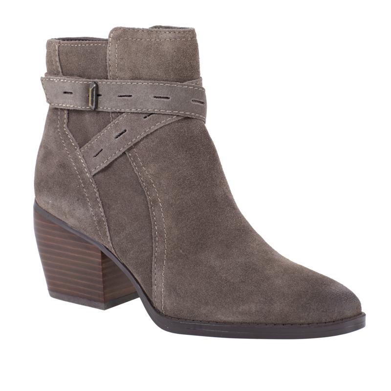 Naturalizer Fenya Suede Ankle Boot